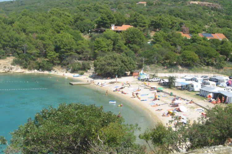 Pláž Konobe, Krk - camping