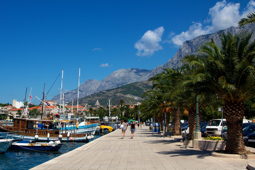 prístav, Makarska