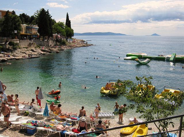 Pláž- Rabac, Chorvátsko